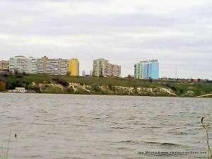 Вид Порожнечи и Северного с полуострова Ракетное Урочище